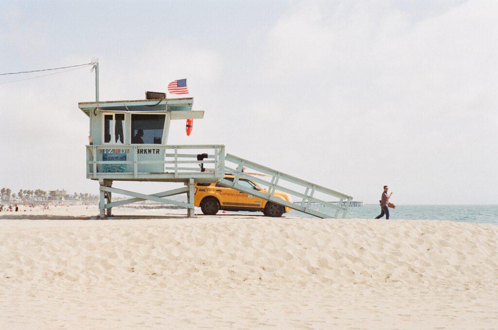 A lifeguard looking at the ocean.